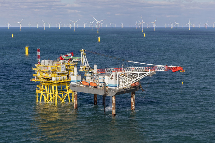 Jack Up Barge to support German wind farm - 4C Offshore