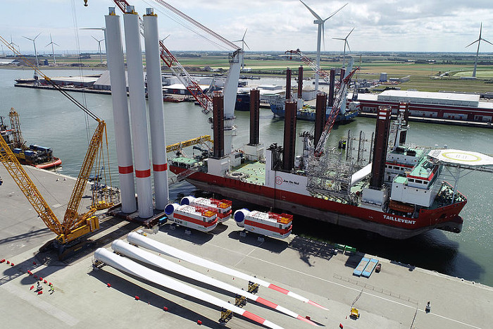 Buss Terminal Eemshaven completes TWB II work