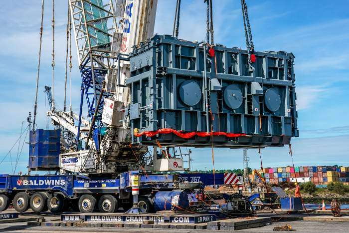 Port of Ipswich completes heavy lift operation in support of National Grid