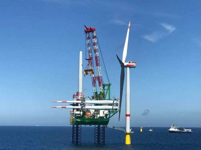 First turbine spins at SeaMade