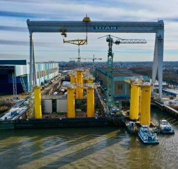 Smulders ships off first Saint-Nazaire transition pieces