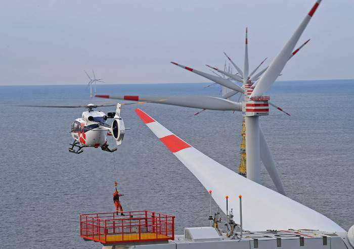 WIKING Helikopter Service scores contract extension with Ørsted