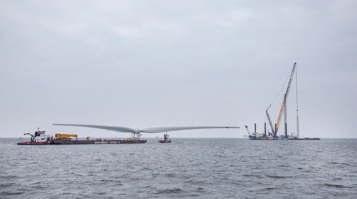 Turbine installation kicks off at Windpark Fryslân