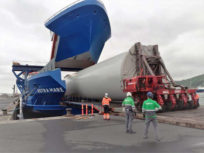 Saint Brieuc turbine towers to be assembled in Brest