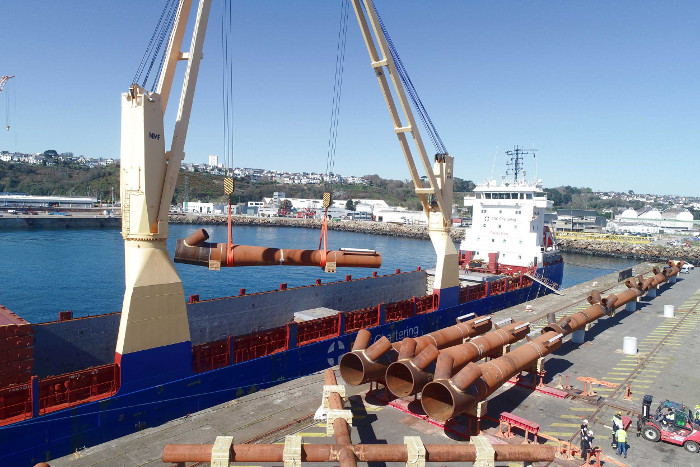 Saint-Brieuc jackets arrive at Navantia