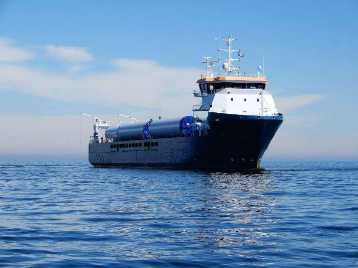 Green Shipping Line and DEKC Maritime ink agreement