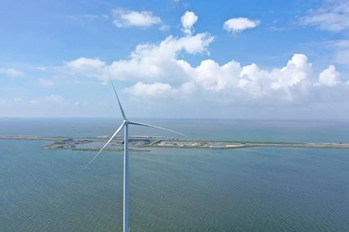 4C Offshore | All turbines stand at Windpark Fryslân
